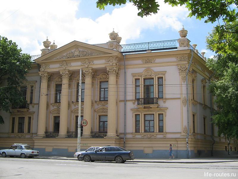 Дворец Алфераки (ныне Таганрогский краеведческий музей)