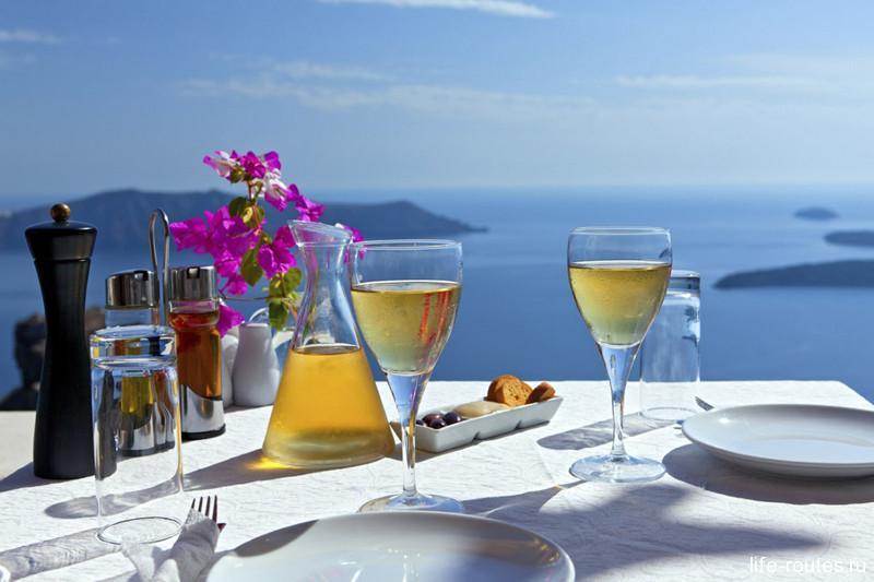 Очень популярное в Греции белое вино