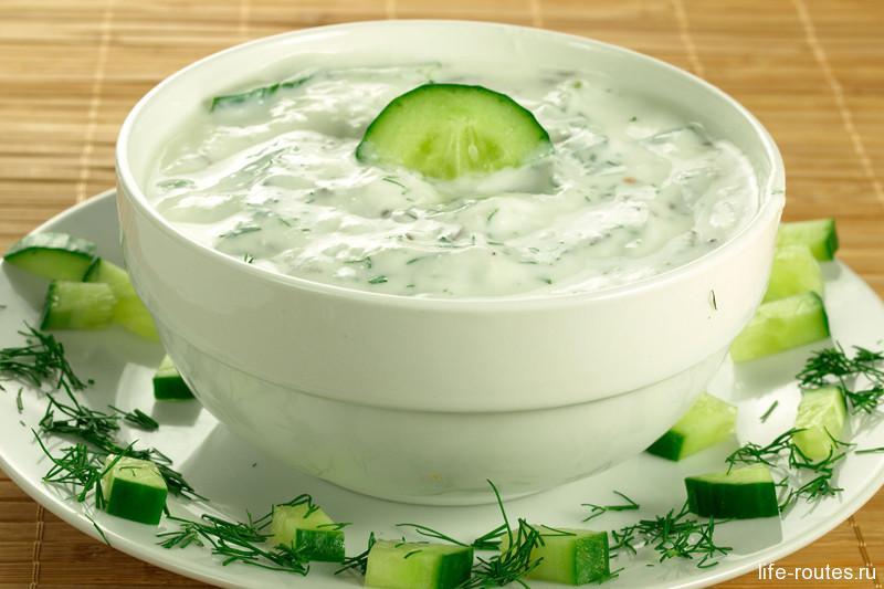 Соус дзадзыки - неотъемлемая часть греческого обеда