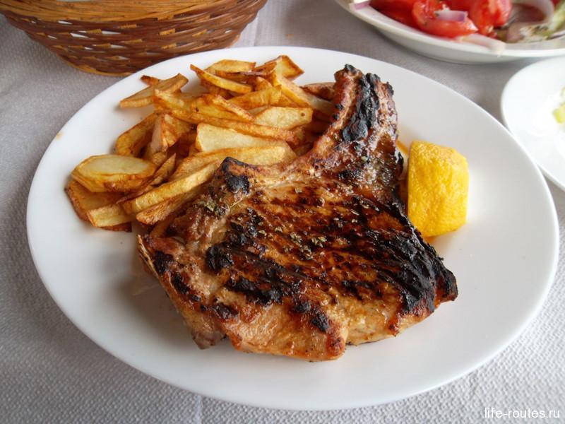 Паидакию можно попробовать в любой греческой таверне