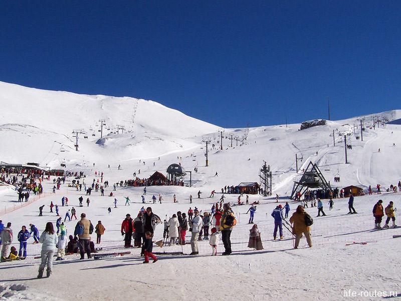 Склоны Парнаса встречают любителей горнолыжного отдыха