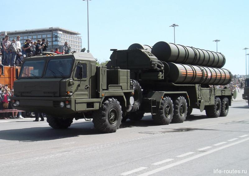 Зенитно-ракетная система С-400 «Триумф»