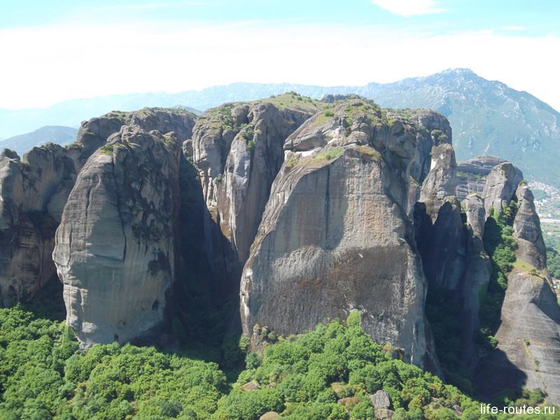 Скалы горной гряды Пинд