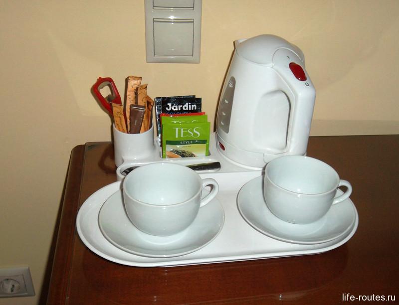 Чай и кофе тоже бесплатные
