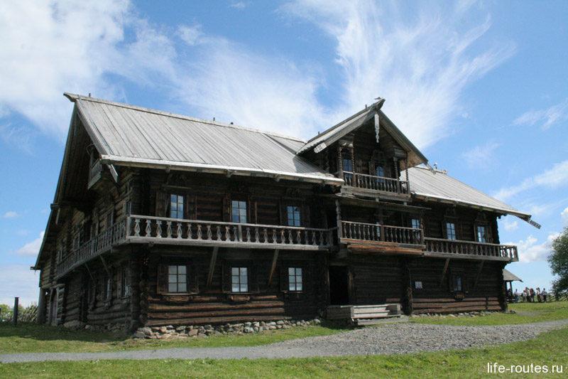 Дом зажиточного крестьянина Ошевнева и его семьи