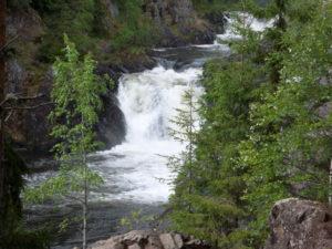 22-vodopad-kivach