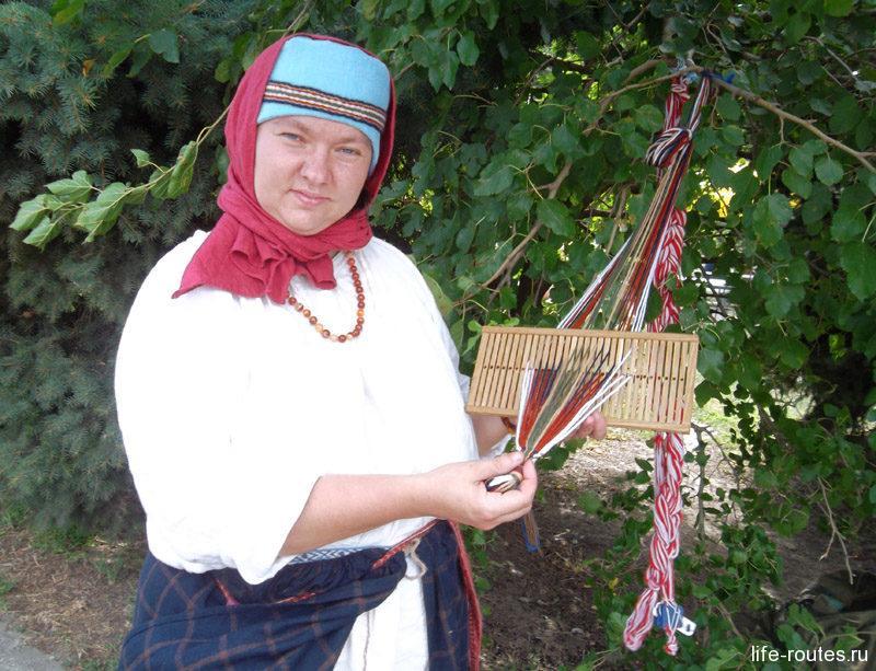 Интерактивная программа по плетению традиционных украшений
