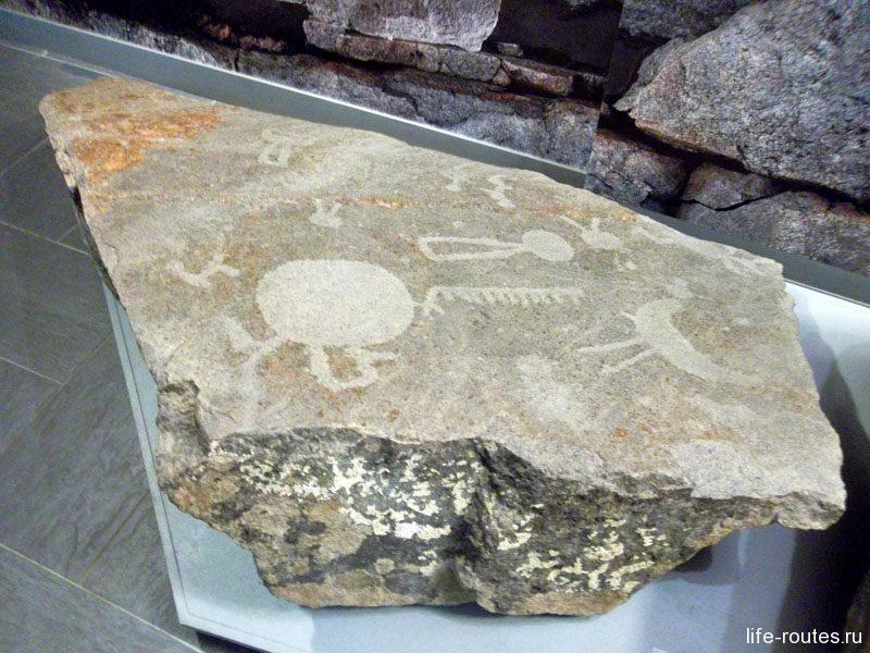 Петроглифы - древние наскальные рисунки