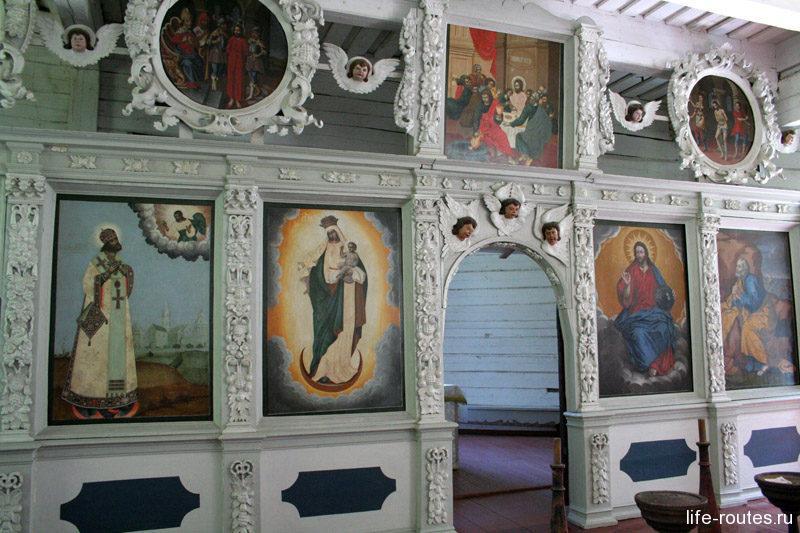 Храм апостола Петра внутри