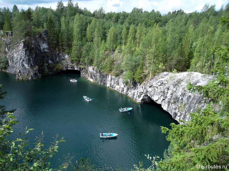 """Мраморный каньон """"Рускеала"""" входит в ТОП-3 самых популярных достопримечательностей Карелии"""