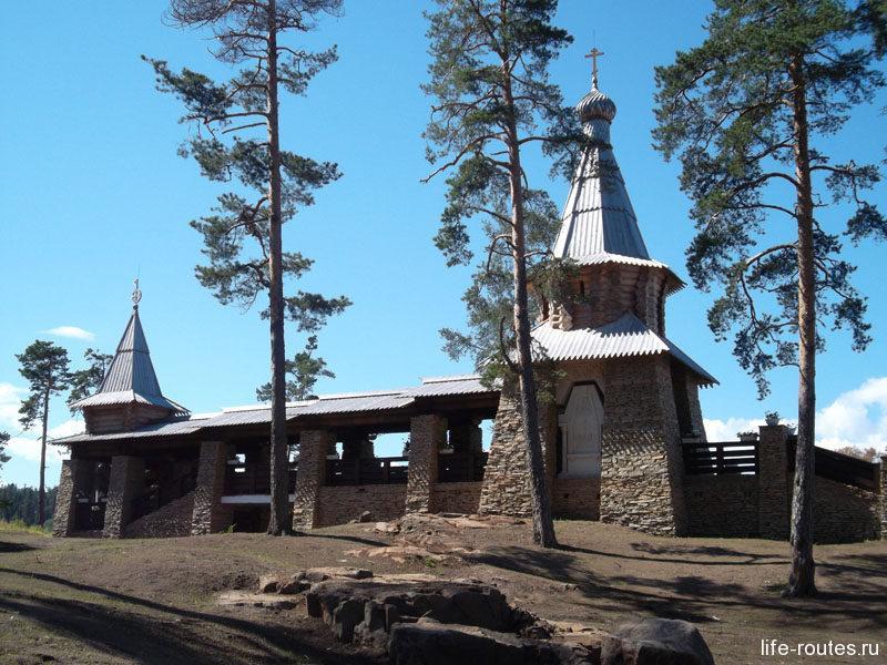 Часовню Всех Валаамских Святых рядом с Никольским скитом Патриарх освятил лишь накануне нашего визита