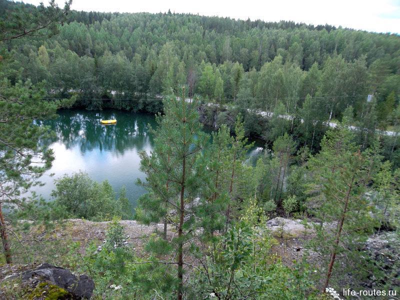 Живописное озеро Монферрана