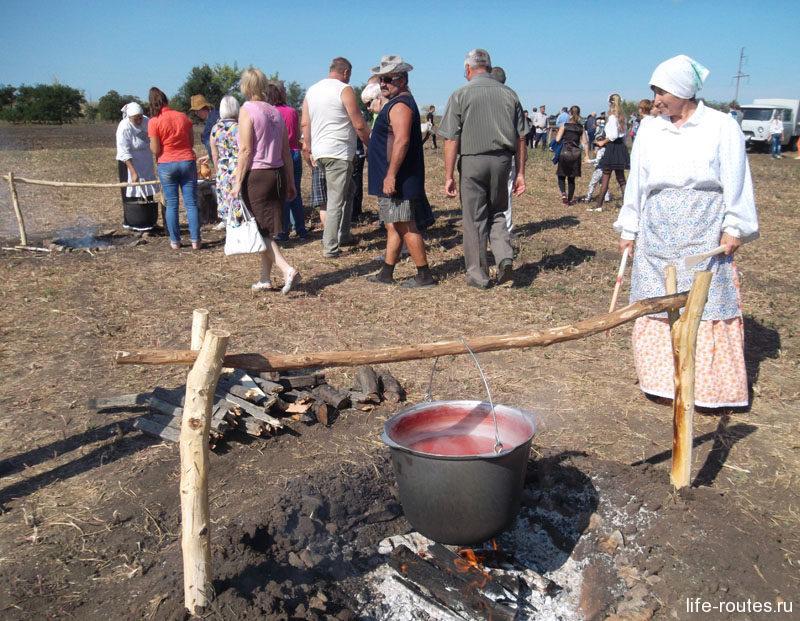 Из арбузов по старинным казачьим рецептам варят и нардек - арбузный мед