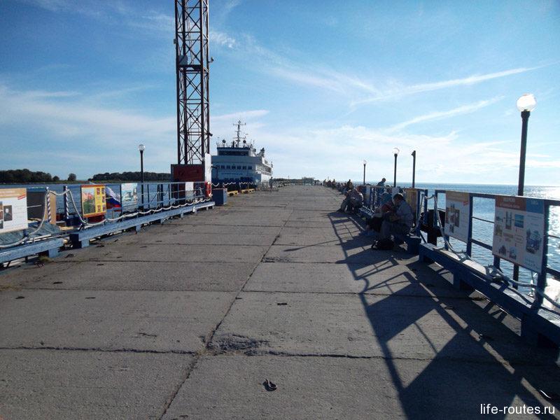Тамарин причал - первое, что видят туристы на Большом Соловецком острове