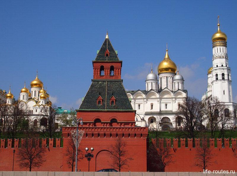 Тайницкая башня стала первой башней Московского Кремля