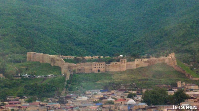 Цитадель Нарын-Кала - самая яркая достопримечательность Дербента